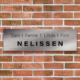 RVS naambord voordeur kusterug.nl