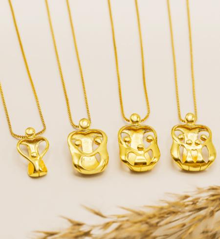 Mama en 2 kinderen hanger in goud